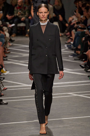 hbz-Givenchy-pfw13-02-lgn